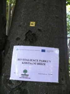 Oznámení v parku