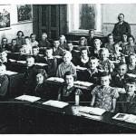 Děti ve škole, školní rok 1934/1935. Učitel: Adolf Friedl